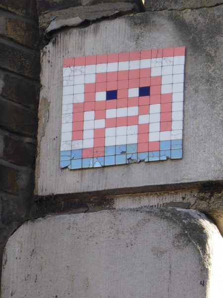 Invader Shoreditch, London EC1Y