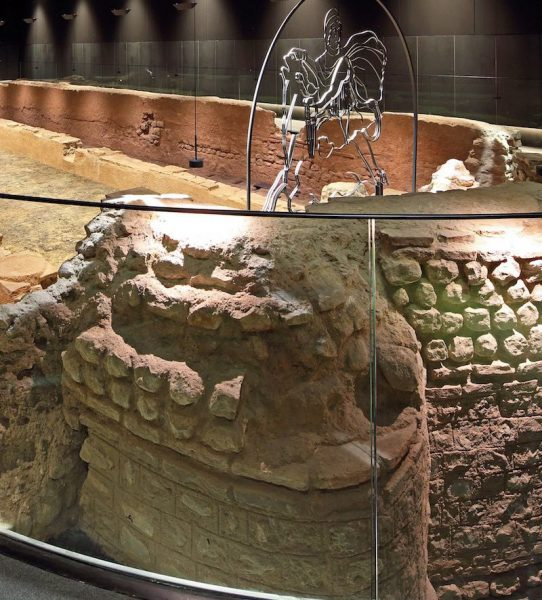 The temple of Mithras reconstruction. © PAYE Conservation