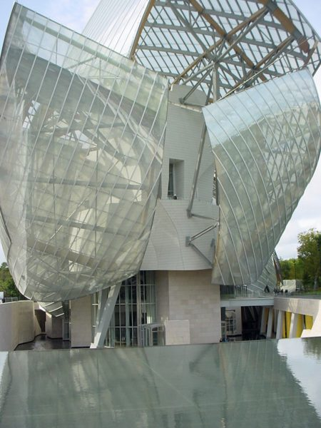 Frank Gehry Fondation Louis Vuitton gallery in Paris