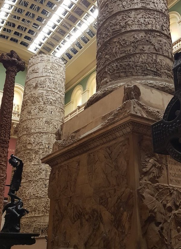 V&A Cast courts Relaunch