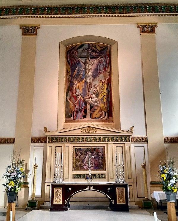 Waterloo, St John's Church, altar and mural by Hans Feibusch