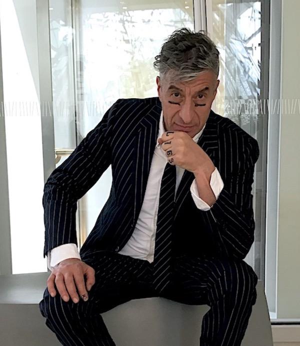 Maurizio Cattelan toilet stolen