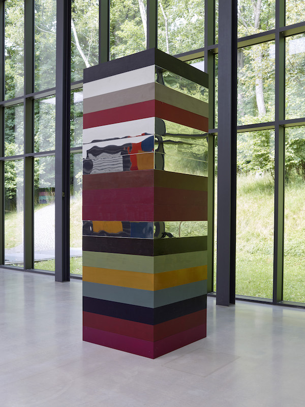 Sean Scully, Landline Cubed, 2015-2020. Stainless steel and acrylic, 274.3 by 91.4 by 91.4 cm (9 by 3 by 3 feet). Courtesy of the artist and Villa Waldfrieden, Waldfrieden Sculpture Park, Wuppertal, Germany.