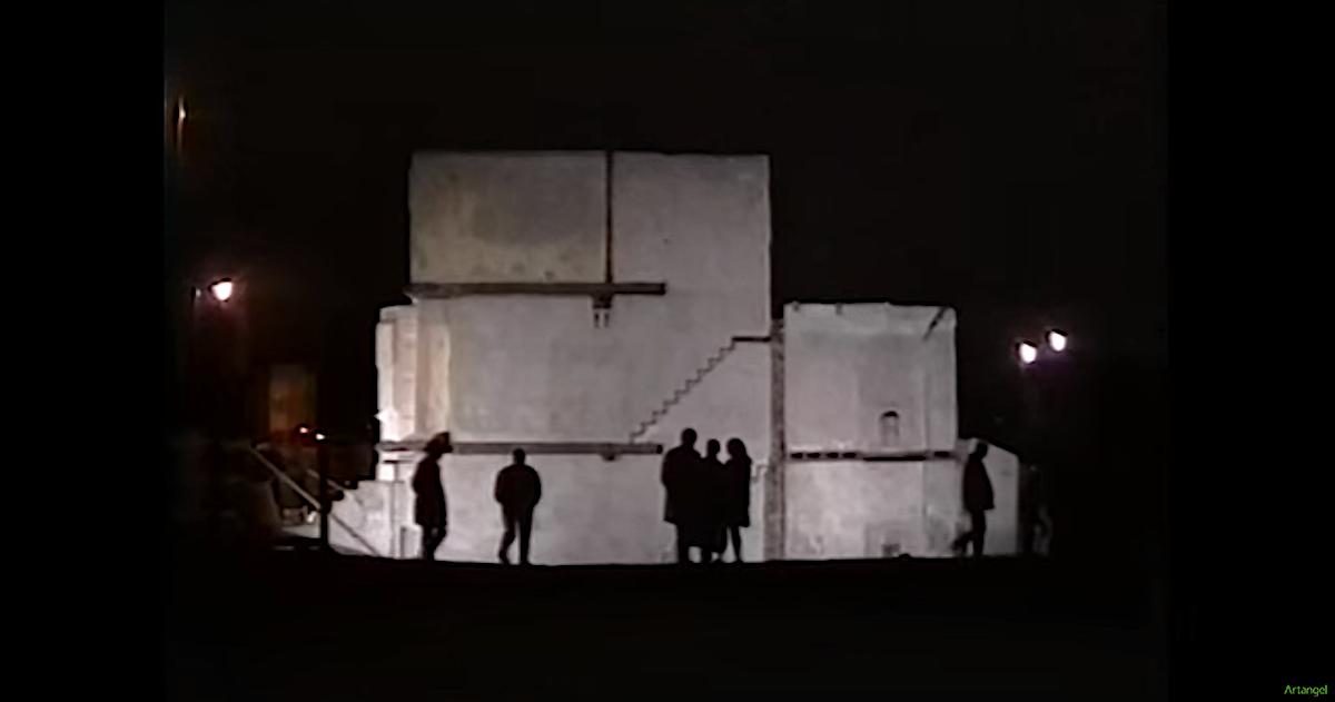 Rachel Whiteread Untitled (House) 1993 Commissioned by Artangel