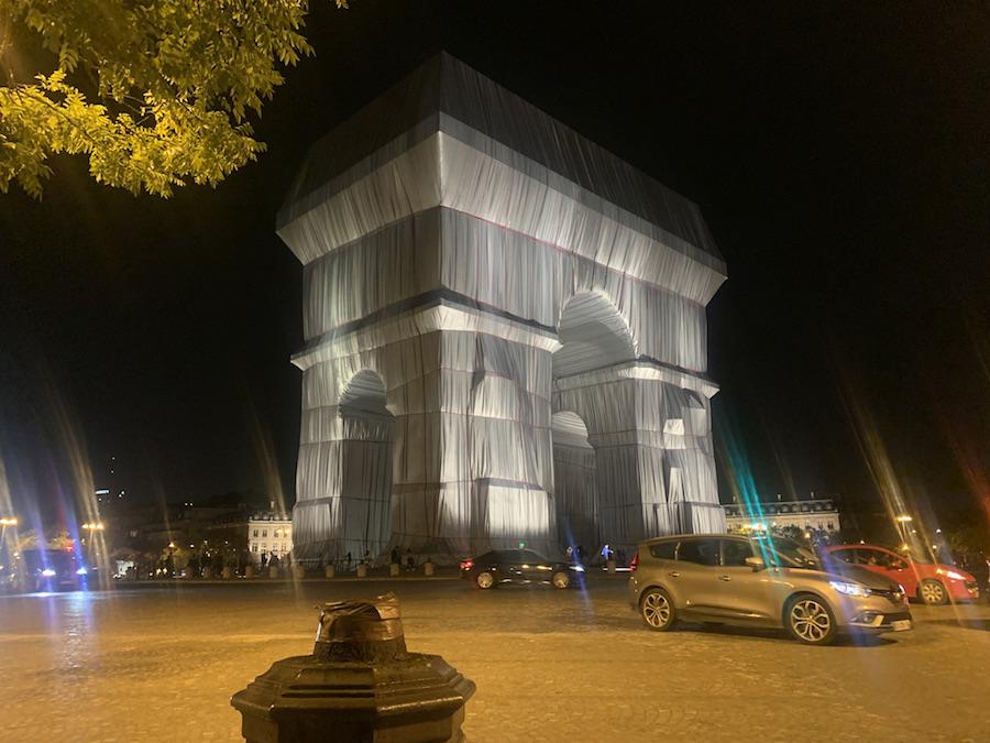 Christo, L'Arc de Triomphe Wrapped